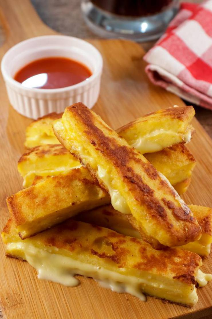 BEST Keto Grilled Cheese Sticks – Low Carb Keto Grilled Cheese Recipe – 90 Second Microwave Bread For Easy Ketogenic Diet