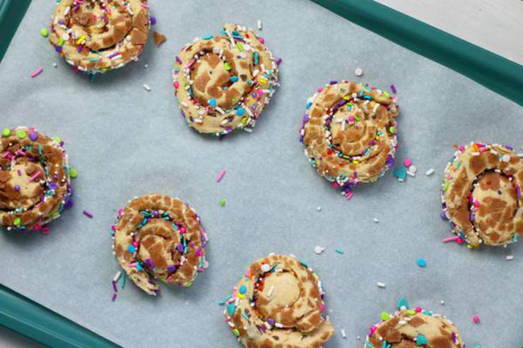 Party Food Unicorn Cinnamon Rolls