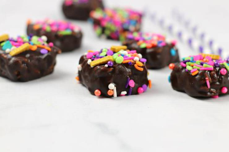 Weight Watchers Chocolate Rice Krispies Treats – BEST Chocolate Rice Krispie Bites WW Recipe – Desserts – Treats – Snacks with Smart Points