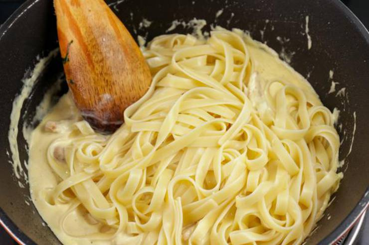5 Ingredient Pasta Alfredo