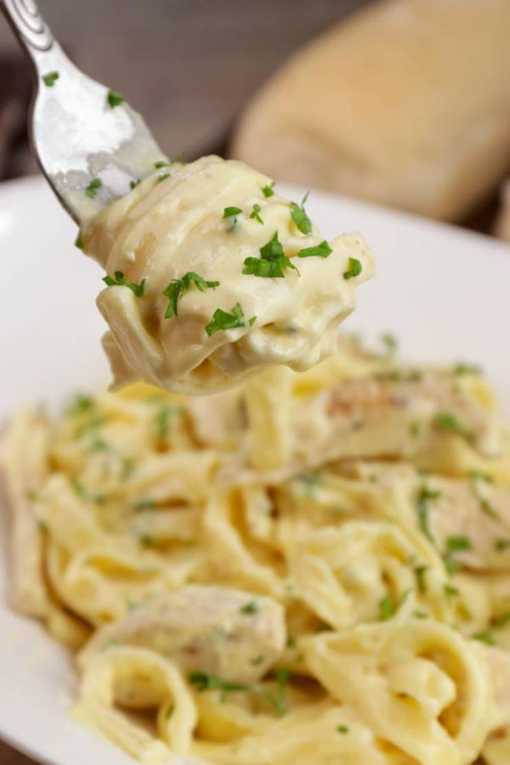5 Ingredient Fettuccine Alfredo – EASY Pasta Alfredo – BEST Stove Top One Pan Dinners - Chicken Alfredo Recipe – Creamy Homemade Dinner – Lunch – Side Dishes