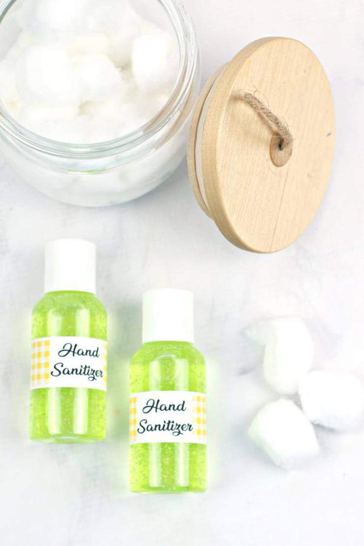 DIY Hand Sanitizer – BEST Homemade Gel DIY Hand Sanitizer Recipe – Great for Kids and Adults – Essential Oil Hand Sanitizer