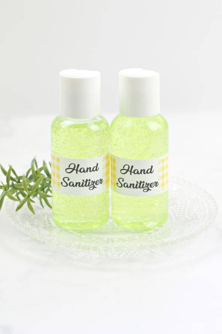 DIY Hand Sanitizer – BEST Homemade Gel DIY Hand Sanitizer Recipe – Great for Kids and Adults – Essential Oil Hand Sanitizer