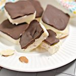 BEST Keto Fat Bombs! Low Carb Keto Almond Roca Candy Fat Bombs Idea – Chocolate – Toffee – Quick & Easy Ketogenic Diet Recipe – Keto Friendly & Beginner – Desserts – Snacks