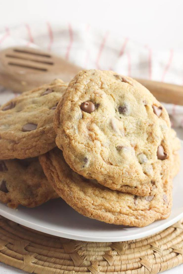 EASY Chocolate Chip Cookies – Quick and Simple Chocolate Chip Cookie Recipe – BEST Cookies - Gluten Free – Desserts – Snacks - Treats - Parties