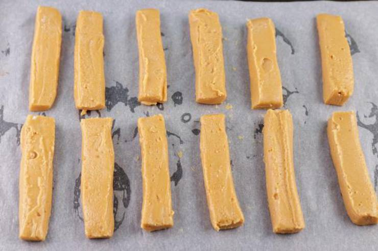 Keto 3 Ingredient Peanut Butter Cookie Fries