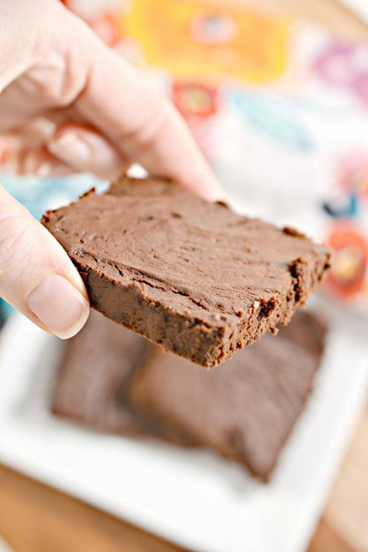 5 Ingredient Keto Brownies – BEST Low Carb Keto Flourless Brownie Recipe – Easy – Desserts – Snacks – Sweets – Keto Friendly & Beginner