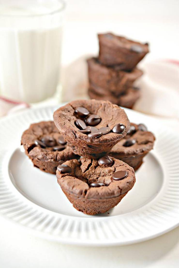 5 Ingredient Keto Brownies – BEST Low Carb Keto Flourless Mini Brownie Bites Recipe – Easy – Desserts – Snacks – Sweets – Keto Friendly & Beginner