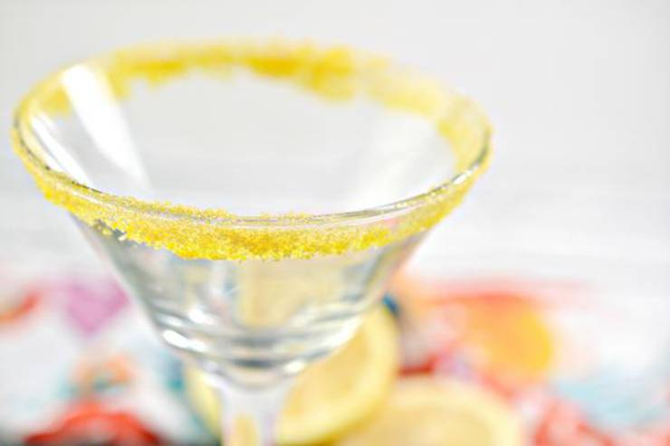 Keto Lemon Drop Alcohol Spritzer