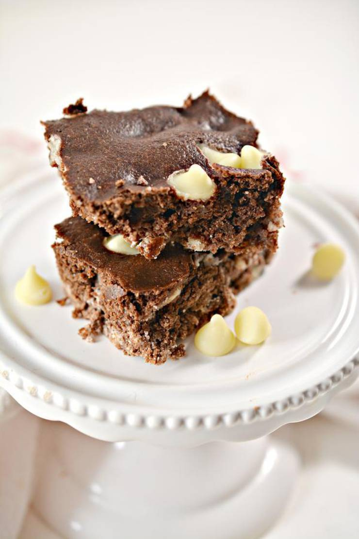Keto Brownies! BEST Low Carb White Chocolate Chip Brownie Idea – Quick & Easy Ketogenic Diet Recipe – Keto Friendly & Beginner – Desserts – Snacks