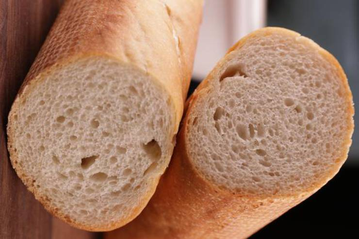 French Bread - Easy Homemade No Yeast Quick French Bread ...