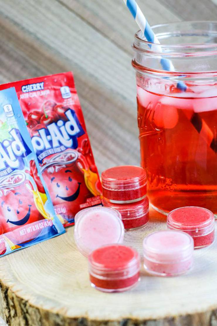 DIY Lip Gloss - Kool Aid Lip Gloss Idea {Easy} Kool Aid Lip Balm Recipe - How To Make Lip Gloss