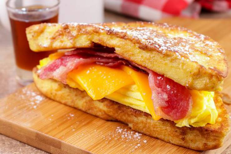BEST Keto French Toast – Low Carb Keto Breakfast Sandwich French Toast Recipe – 90 Second Microwave Bread For Easy Ketogenic Diet French Toast
