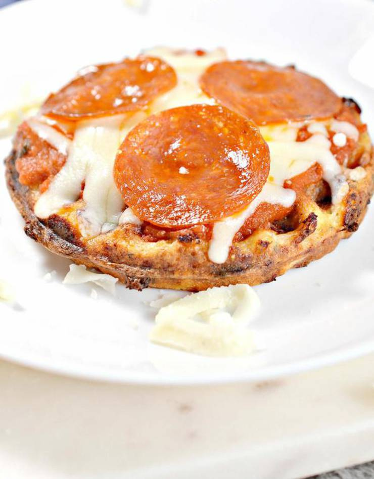 Weight Watchers Pizza – BEST WW Waffle Pizza Recipe – Dinner – Lunch – Snacks – Appetizers – Snack with Smart Points