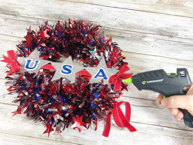 Diy Dollar Store Red White Blue Wreath