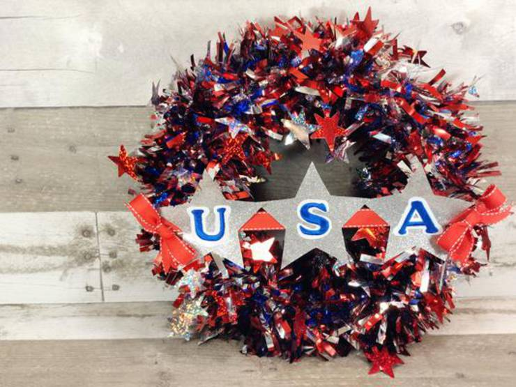 BEST Dollar Store Wreath! DIY 4th Of July Wreath Ideas - Learn How To Make Wreaths To Make Your Front Door Look Amazing - Dollar Store Hacks - Homemade Patriotic Decor