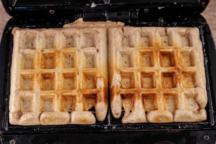 Keto French Toast Waffle Sticks