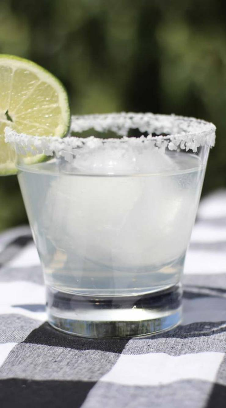 Keto Margarita – BEST Low Carb Margarita Recipe – EASY Ketogenic Diet Tequila Alcohol Drink Mix You Will Love