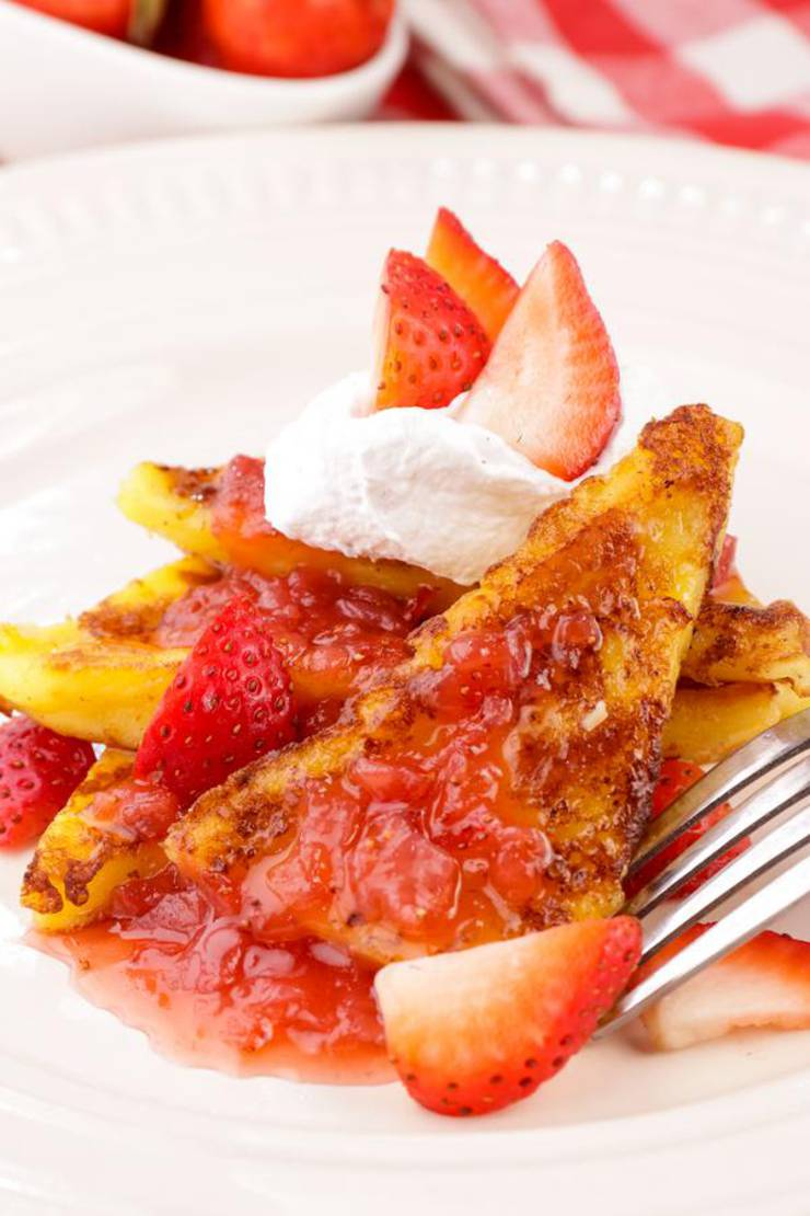 BEST Keto French Toast – Low Carb Keto Strawberry French Toast Recipe – 90 Second Microwave Bread For Easy Ketogenic Diet French Toast