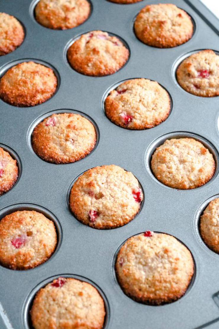 Keto Muffins! BEST Low Carb Mini Strawberry Muffin Idea – Quick & Easy Ketogenic Diet Recipe – Snacks – Desserts – Breakfast – Keto Friendly