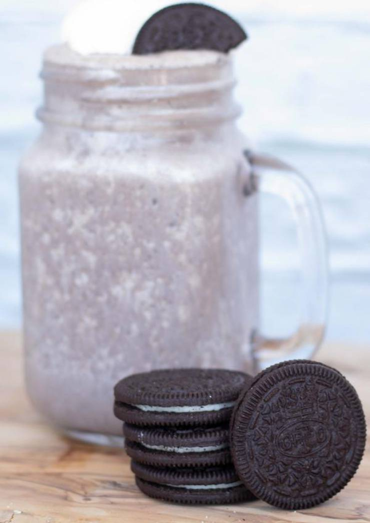 Oreo Milkshake – EASY – Quick – Simple No Ice Cream Milkshake Recipe – BEST Milkshake – Simple – Quick – Desserts – Snacks – Party Food