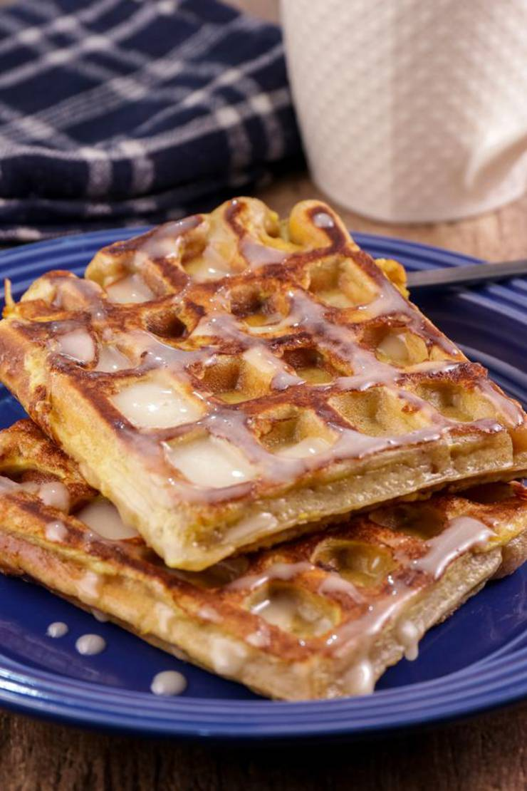 BEST Keto Waffles! Low Carb Keto French Toast Cinnamon Roll Waffle Idea – Quick & Easy Ketogenic Diet Recipe – Completely Keto Friendly