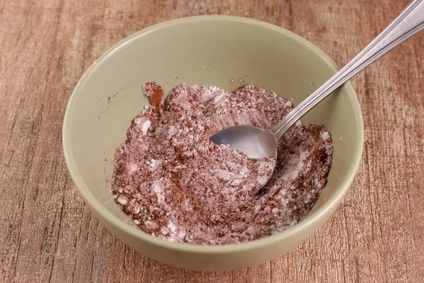 Keto Oreo Cookie Mug Cake