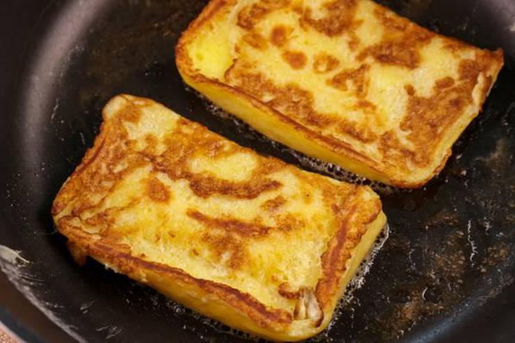 Keto Strawberry Cheesecake Stuffed French Toast