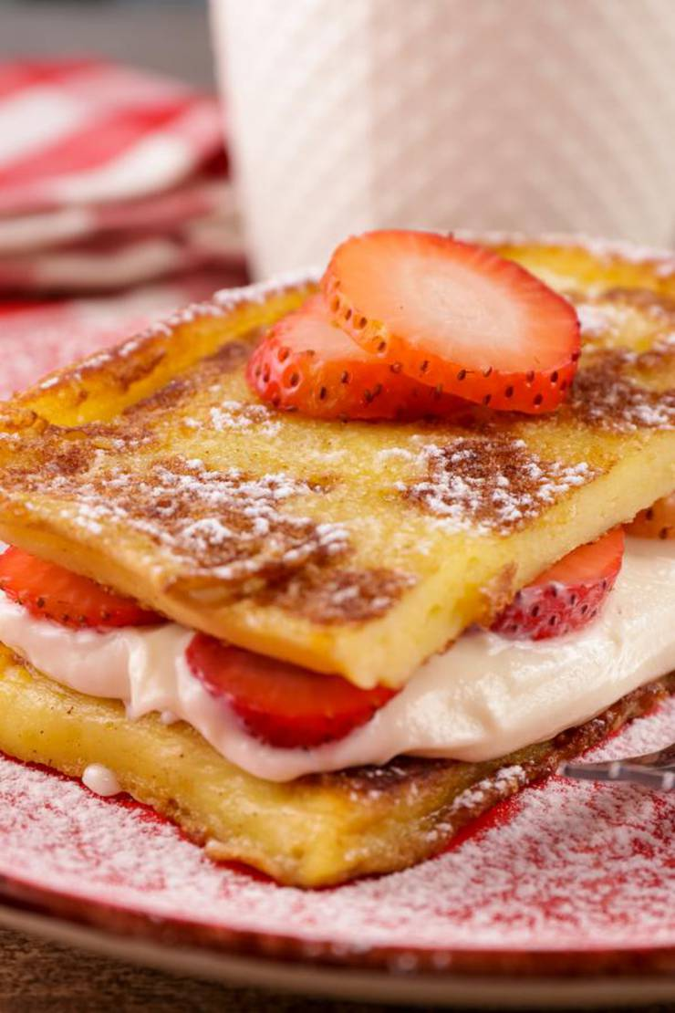 BEST Keto French Toast – Low Carb Keto Strawberry Cheesecake Stuffed French Toast Recipe – 90 Second Microwave Bread For Easy Ketogenic Diet French Toast