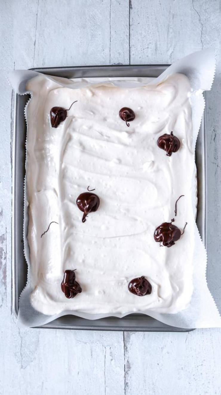 Keto Strawberry Chocolate Cheesecake Bark