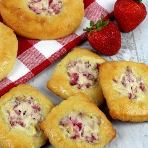 Keto Breakfast – BEST Low Carb Keto Strawberry Cream Cheese Danish Recipe – Easy – Breakfast – Desserts – Snacks – Sweets – Keto Friendly & Beginner
