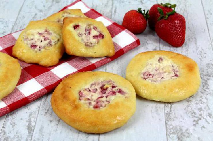 Keto Breakfast – BEST Low Carb Keto Strawberry Cream Cheese Danish Recipe – Easy – Breakfast – Desserts – Snacks – Sweets – Keto Friendly & Beginner