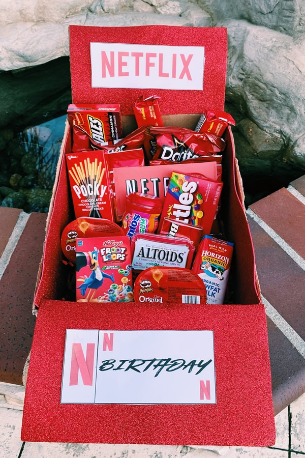 Care Package Easy Diy Care Package Ideas Homemade Gift Box Presents Boyfriend Girlfriend Best Friends Creative How To Make Netflix Movie Gift Box Tutorial