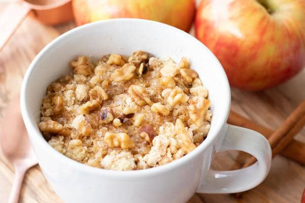 Microwave Mug Cake Recipe – Easy Microwave Apple Pie Mug Cake For One – Simple Baking