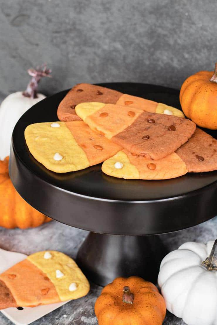 Candy Corn Cookies – BEST Candy Corn Cookie Recipe – {Easy} Sugar Cookies Fall Halloween – Party Food – Desserts – Snacks