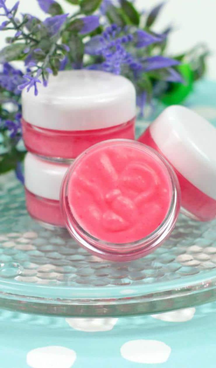 DIY Lip Gloss – Pink Lemonade Lip Gloss Idea {Easy} Pink Lemonade Lip Balm Recipe – How To Make Lip Gloss -  #diy #lipgloss #lipbalm #beauty