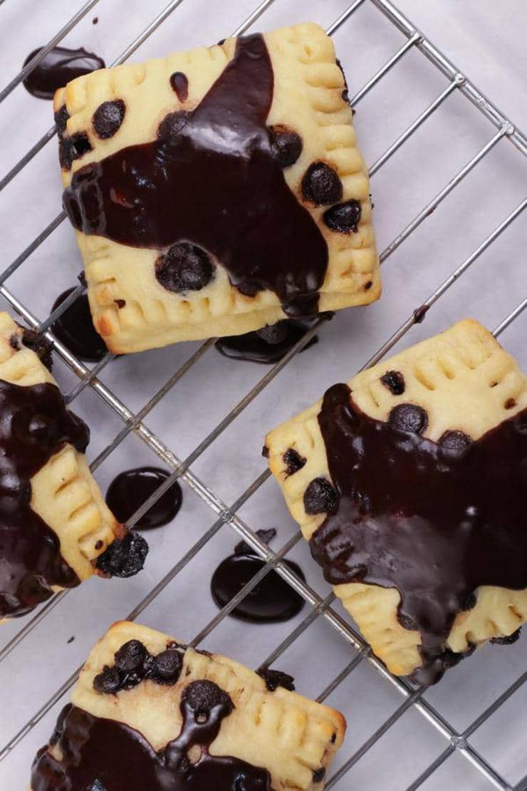 Keto Pop Tarts – {EASY} Low Carb Keto Frosted Chocolate Chip Pop Tarts Recipe – BEST Ketogenic Diet Idea – Gluten Free
