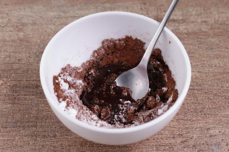 Keto Chocolate Glaze Donut Mug Cake