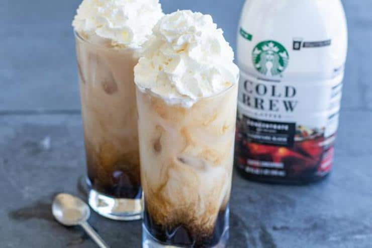 Keto Iced Coffee! Low Carb Iced Caramel Latte Coffee Idea – Quick & Easy Ketogenic Diet Recipe – Keto Friendly – How To Make Iced Coffee