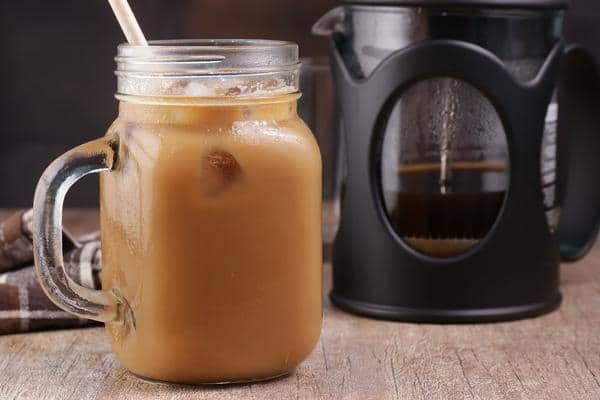 Keto Iced Coffee! Low Carb Iced Vanilla Latte Coffee Idea – Quick & Easy Ketogenic Diet Recipe – Keto Friendly – How To Make Iced Coffee