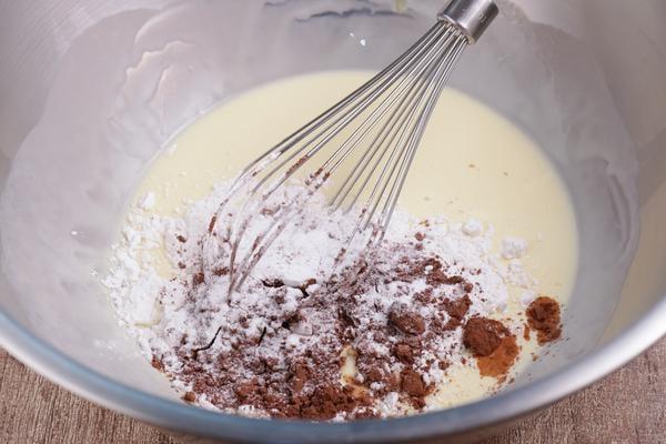 Keto Oreo Pancakes