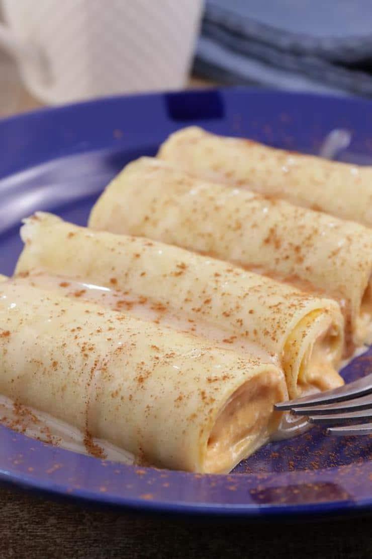 BEST Keto Pumpkin Cheesecake Roll Ups – Low Carb Keto Pumpkin Cheesecake Recipe – Quick and Easy Ketogenic Diet Idea