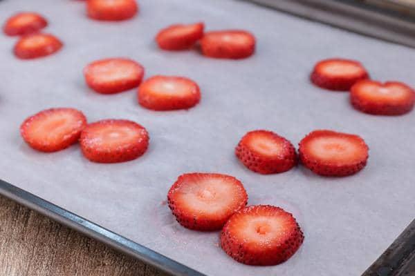 Keto Strawberry Peanut Butter Bites