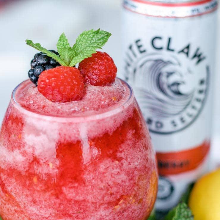 Keto White Claw Slushie – BEST Low Carb Raspberry Slush Recipe – EASY Ketogenic Diet Alcohol Drink Mix You Will Love