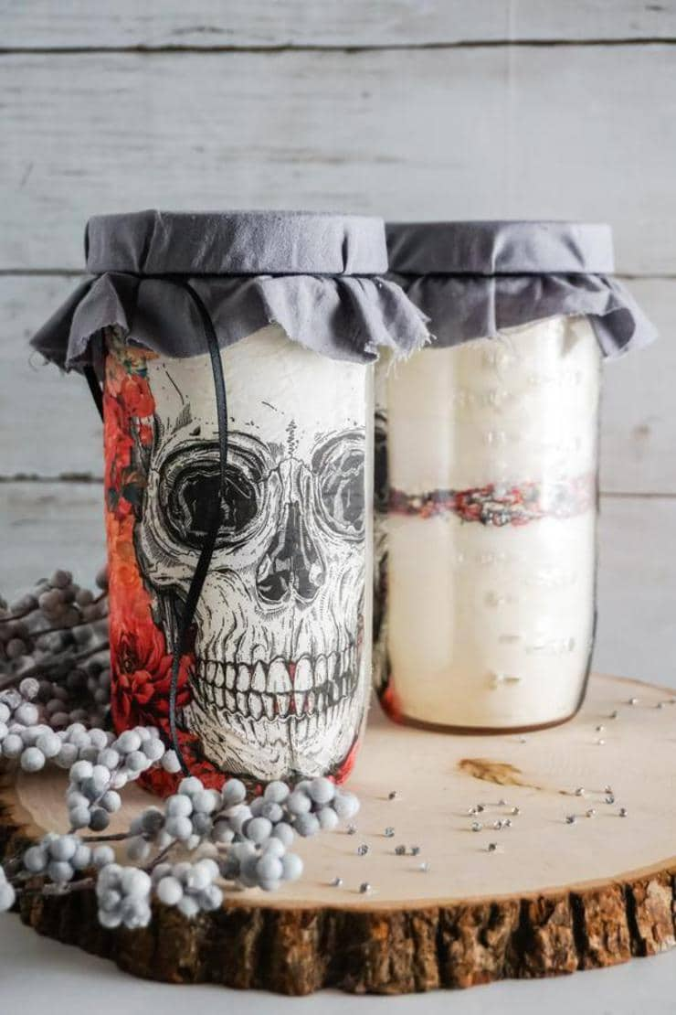 Skull Cookie Mason Jars – BEST Halloween Mason Jar Craft Project You Will Love – Easy Skull Cookie Mix In A Jar DIY Crafts Or Use As Fall Decor #fall #diy