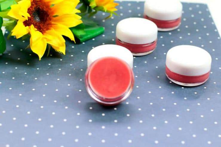 DIY Lip Gloss – Fruit Punch Lip Gloss Idea {Easy} Fruit Punch Lip Balm Recipe – How To Make Lip Gloss