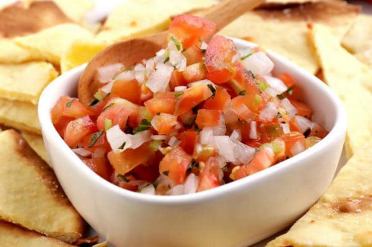 Keto Salsa – BEST Low Carb Fresh Tomato Salsa Recipe {Easy – Homemade} Gluten Free