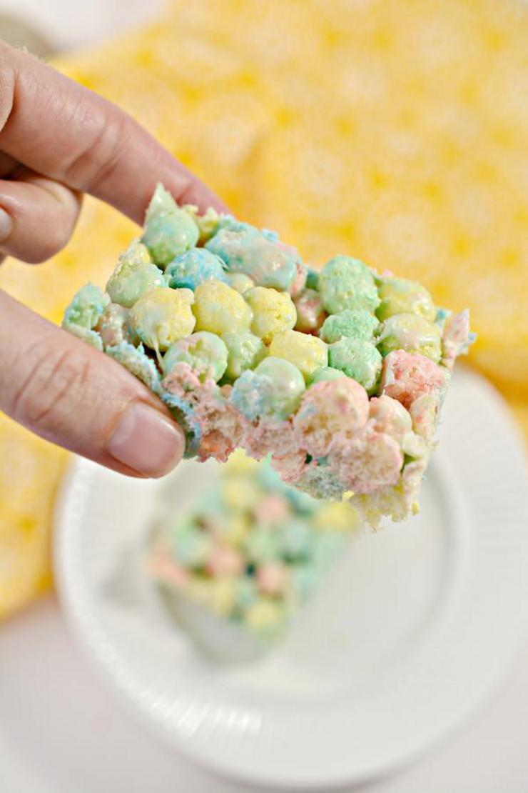 Keto Cereal Bars! BEST Low Carb Keto Fruity Pebbles Cereal Bars Idea – Quick & Easy Ketogenic Diet Recipe – Breakfast – Desserts – Snacks