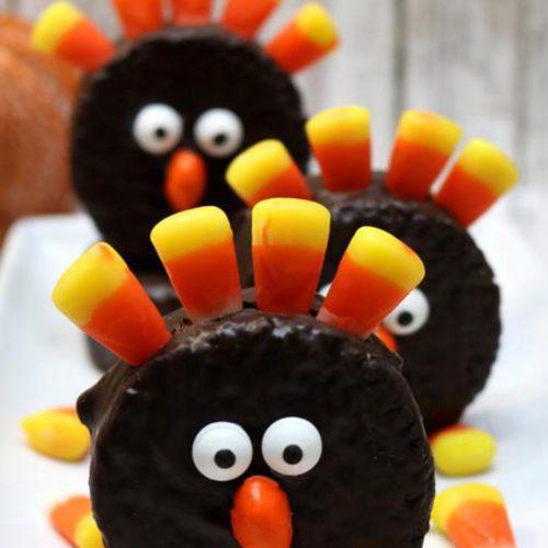 5 Ingredient Chocolate Cake Turkeys – BEST Edible Turkey Crafts – {Easy} Thanksgiving Desserts – Treats – Party Food – Desserts – Snacks