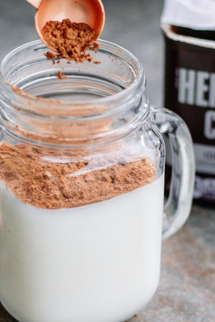 Keto Boozy Hot Chocoalte With Baileys